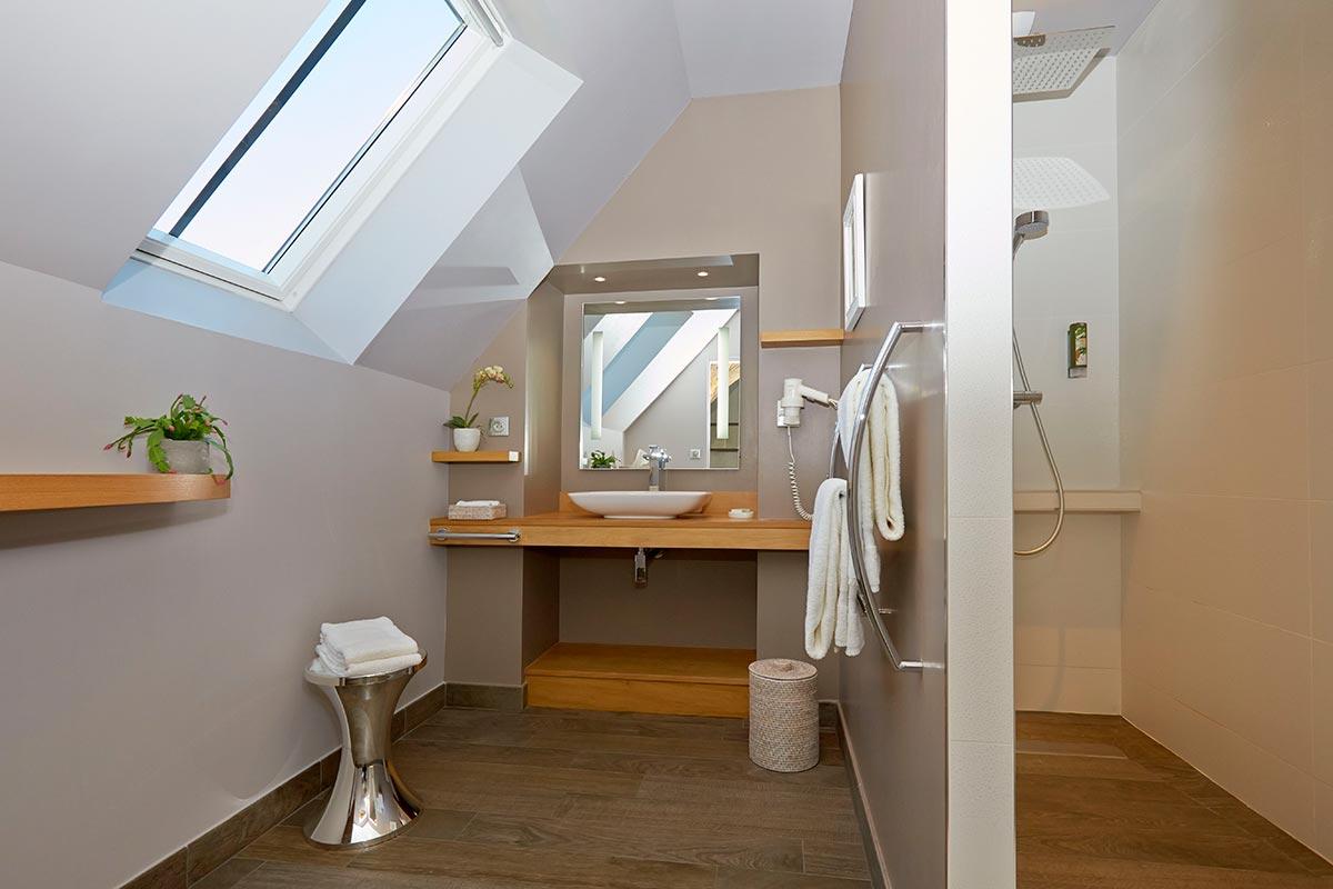 beaune chambre h tes c t rempart beaune. Black Bedroom Furniture Sets. Home Design Ideas